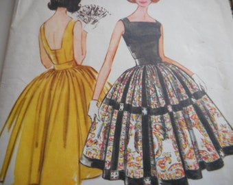 Vintage 1960's McCall's 5770 Dress Sewing Pattern Size 14 Bust 34