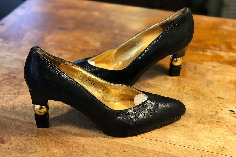 66661ae9c9d Timothy Hitsman black leather pumps high heels shoes sculpted