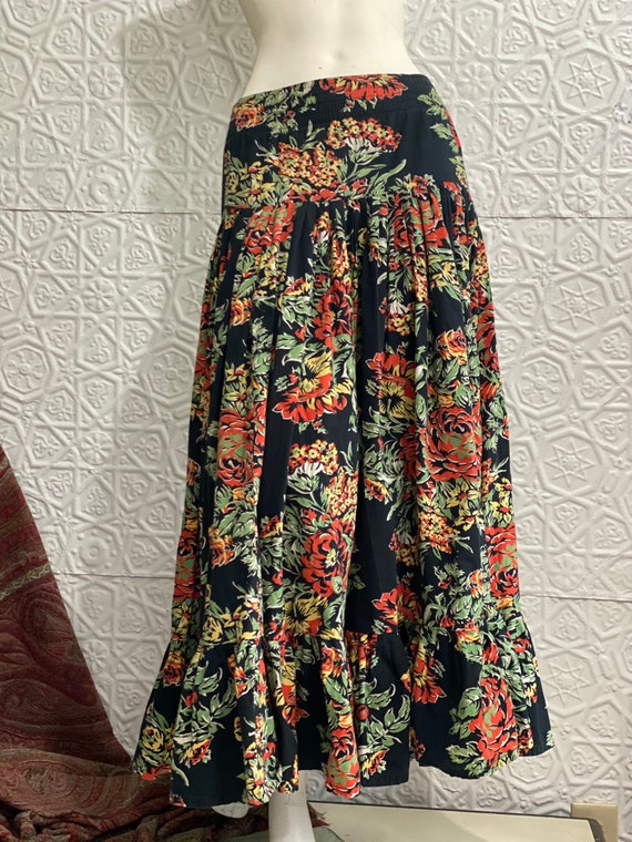 Norma Kamali Cotton Ruffle Skirt-Fall Roses-Giant… - image 10
