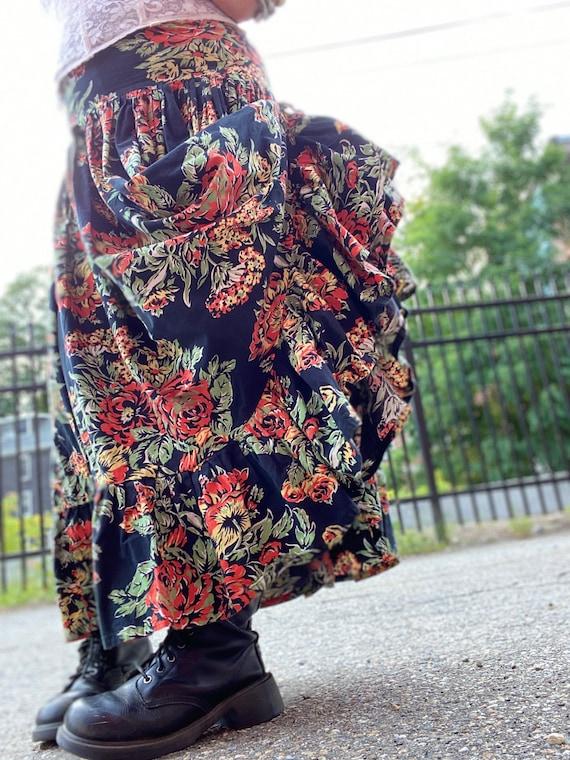 Norma Kamali Cotton Ruffle Skirt-Fall Roses-Giant… - image 2