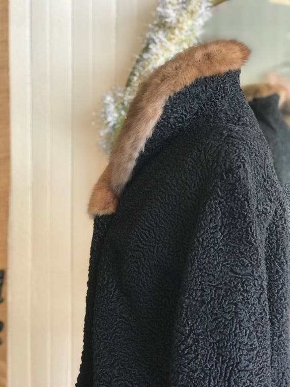 Red Lamb Lou Classic Collar Persian Short Jacket 1950s Coat Schiaparelli Roses Mary Black Mink Paris Length Brown Ladies Fur Car Vintage 1OtqR44wvW
