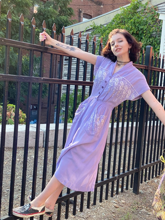 Lavender Linen 1930s Button Down Daydress-as is