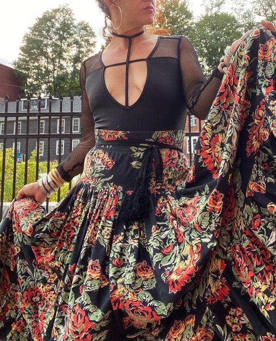 Norma Kamali Cotton Ruffle Skirt-Fall Roses-Giant… - image 5