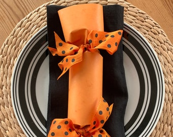 Orange Polka Dot Halloween Party Cracker  Set of 6