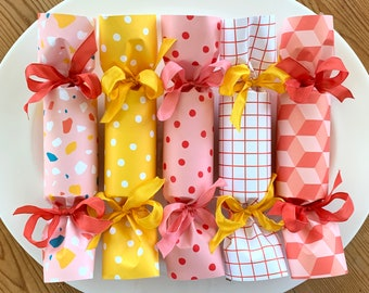 NEW! MiX and MaTcH Party Crackers       Set of 6