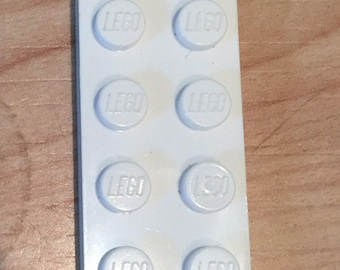 25 white 2x4 flat lego plates: part number 3020