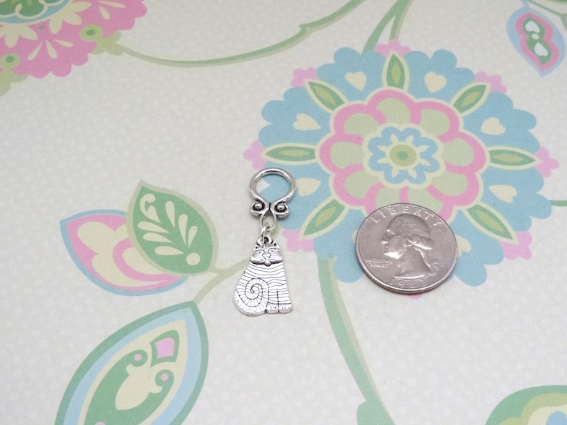 Set of 5 or 10 Silver Cat Snag Free Stitch Markers Knitting Notions Progress Marker Knitting Markers Fits up to 8 mm or US 11