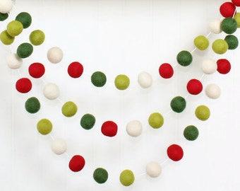 Christmas Red and Green Felt Ball Garland, Pom Pom Garland, Nursery Decor, Bunting Banner, Party Decor, Holiday