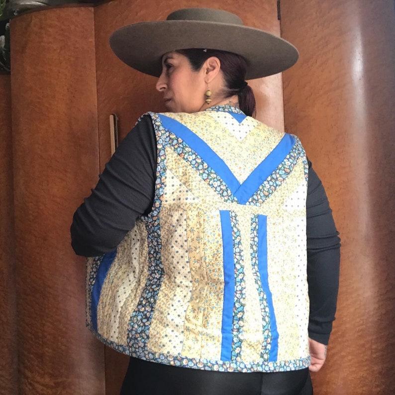 HAND STITCHED 1970\u2019s 70s Vintage Boho Prairie Hippie Ethnic Floral Calico Print Patchwork Quilted Reversible Vest Blouse Top M L