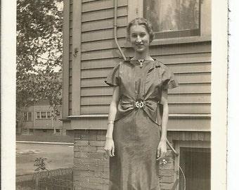 Vintage 1940's Snapshot Photograph Young Woman