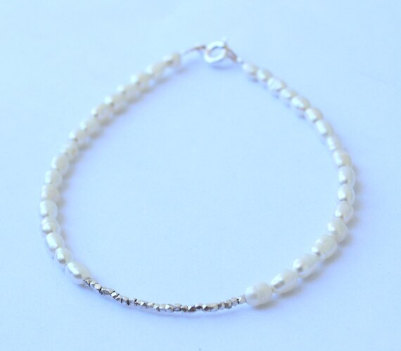 Pearl and Silver Bracelet - Wedding Jewelry - Bridal Bracelet - Bridesmaid gift - Freshwater Pearl Bracelet - Sterling Silver Bracelet