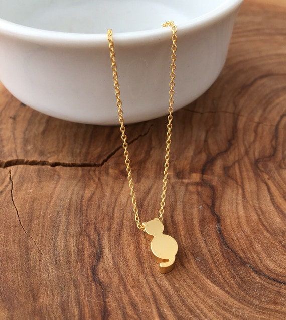 Cat Bracelet - Tiny Gold matt Kitty Bracelet - Everyday bracelet - Chain Bracelet - Cat Charm Bracelet