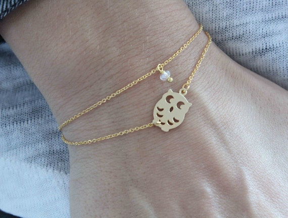 Dainty Owl Bracelet. Minimalist jewelry. Double chain bracelet. Gift for her. Bracelet with gold owl charm and Tiny Swarovski Crystal Bead