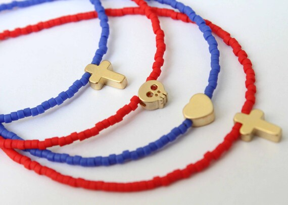 Beaded Charm Bracelet. Star charm bracelet. Heart beaded bracelet. Cross bracelet. Skull jewelry. Dainty bracelet. Minimalist bracelet