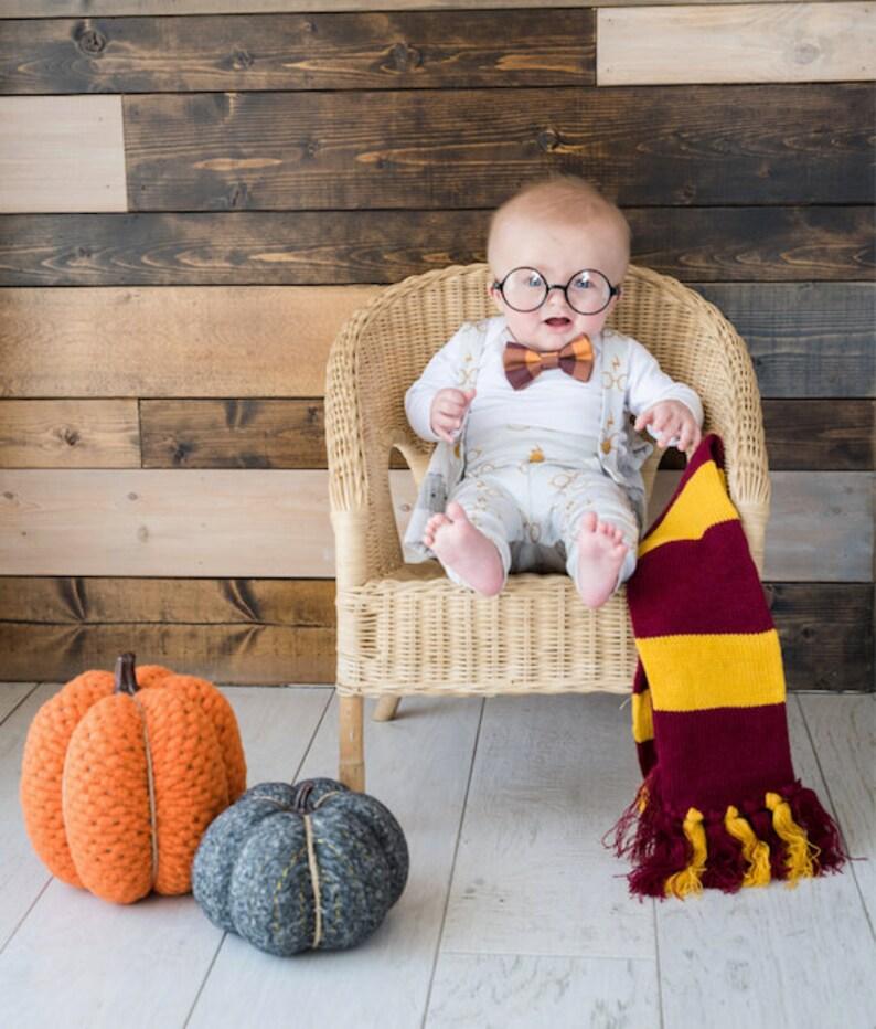 Beau costume pour bébé spécial Harry Potter| A découvrir sur le blog : keepcoolnewmom.com
