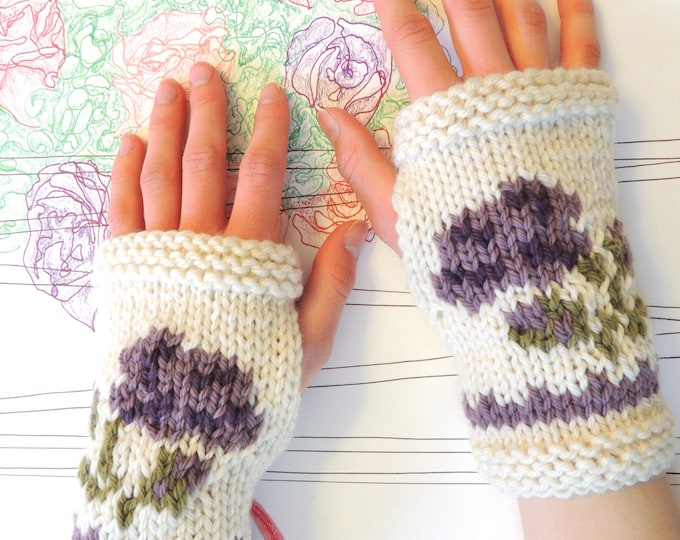 KNITTING PATTERN: Intarsia Rose Fingerless Gloves Knitting pattern, Rose hand warmers knitting pattern, Aran Yarn, Merino Wool, Rose design