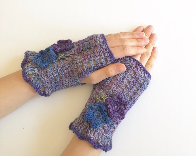 Floral arm warmers in purple with purple and  blue flowers, lace hand warmers, choose your colour, READY TO SHIP, hand warmers, cuff