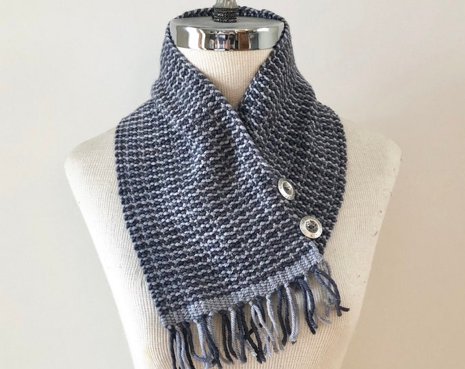 Gray Woven neck warmer scarf, handmade scarf with  soft merino, weaving, blue scarf, neck warmer, scarf, merino scarf