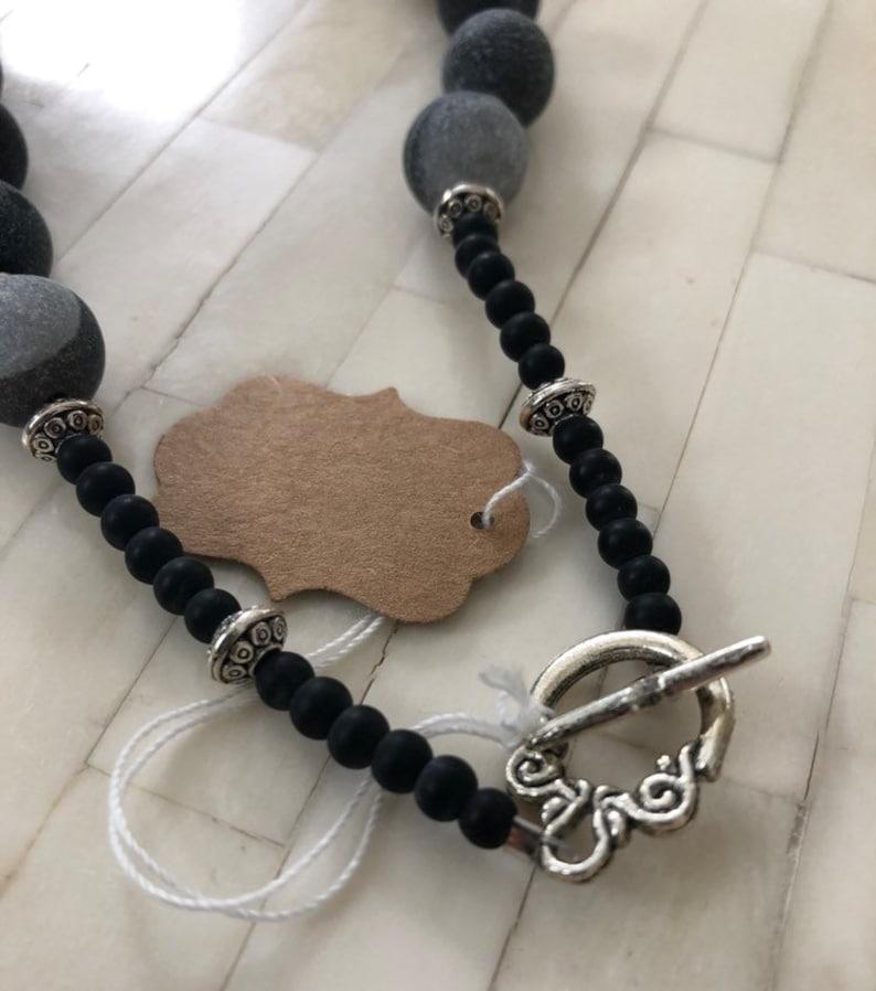 Black Daisy Stone Necklace