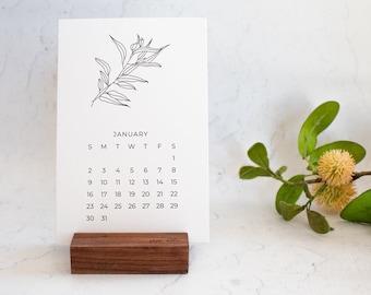 Minimalist Desktop 2022 Calendar and Stand