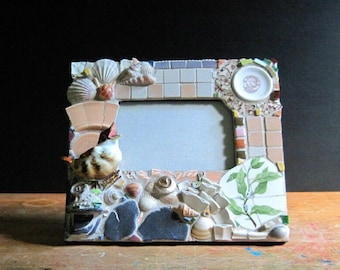 Mosaic Frame, Table Top Frame, Picture Frame, Mosaic Art, Audubon, Decorated Frame, Bird Frame, Mosaic Mirror, Pique Assiette