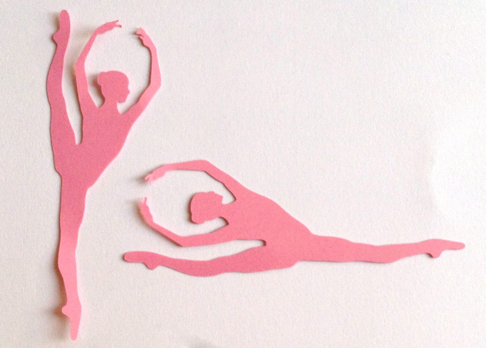die cut dancer/ballet on pointe