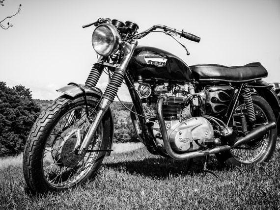 Vintage 1967 Triumph Bonneville Moto Impression Noir Et Blanc
