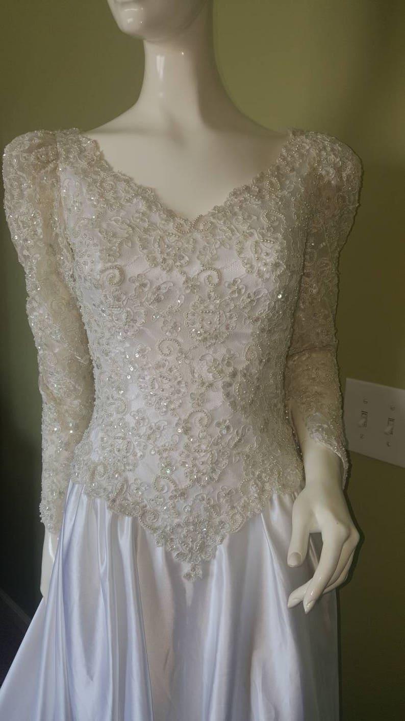 Vintage Satin Wedding Dresses with Sleeves