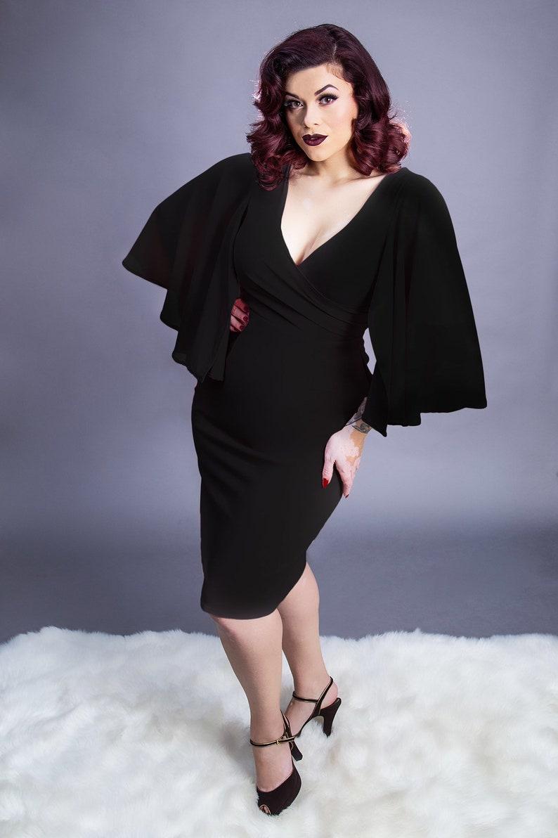 Wiggle Dresses | Pencil Dresses 40s, 50s, 60s   AT vintagedancer.com