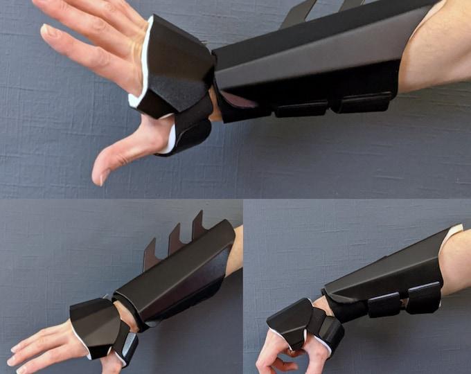 V3.0 Metal Batman Gauntlets - Martial Arts Grade