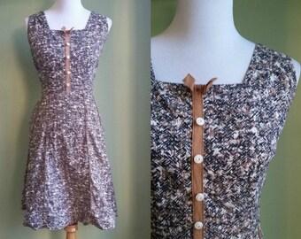 SALE // 1950s Geometric Print Day Dress - Vtg Sundress - Medium/Large