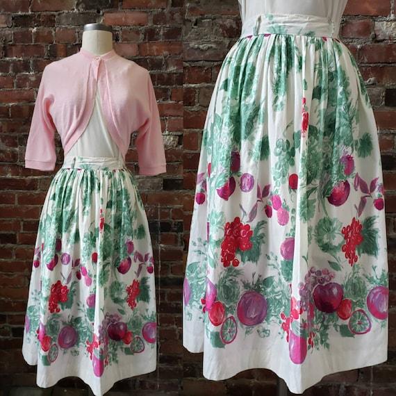 "1950s Fruit Print Skirt 26-27"" Waist"