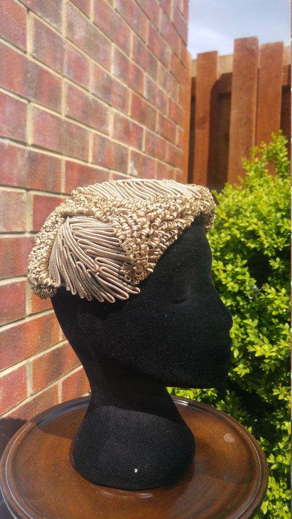 Vintage 1940s 50s Woven Hat Golden Toffee Loop Hat