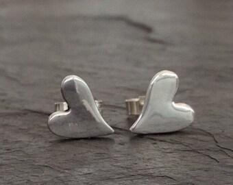 Irregular heart stud earrings