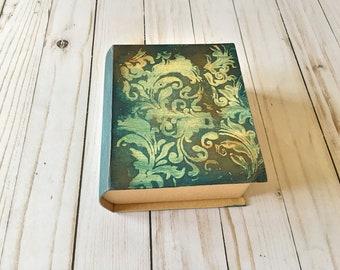 Vintage Βook box, keepsake, treasure chest, trinket box, jewelry box, gift box, secret book box, keepsake box