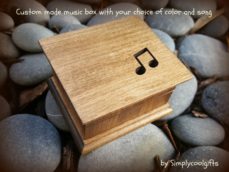 HEART WOOD SILVER WIND UP MUSIC BOX A Whole New World