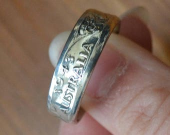 Beautiful antique trench art primitive coin silver coin ring / wedding band made from australian florin / WW2 / mens ring / XBKCUC