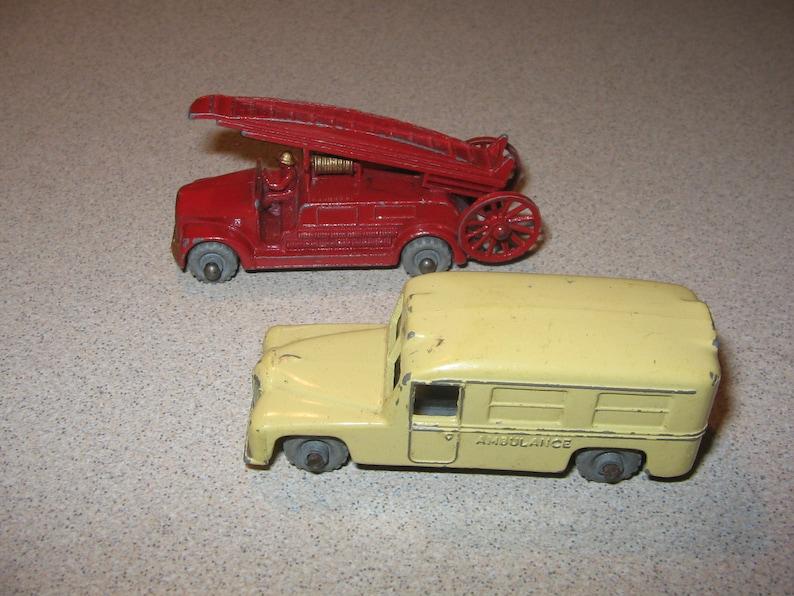2 Lesney Fire Engine Ladder Ambulance # 9 # 14 Vintage Antique Collectible #14046