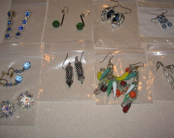 Lot of 9 Pairs of Earrings Vintage Costume Jewelry #4165