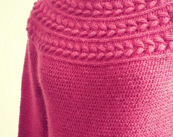 Crochet pullover pattern, crochet womens sweater, top down crochet pattern, crochet womens pullover, Laurel wreath pullover, sizes S to XXXL