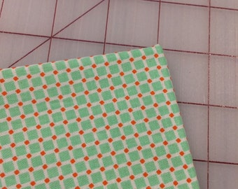 Riley Blake - FAT QUARTER cut of Backyard - Squares in Mint by Nadra Ridgeway in Pink C5296 - 100% cotton