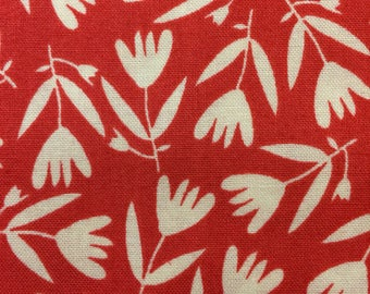 Organic Petit Fleur - FAT QUARTER cut of Tossed Flower - in Red by Carolyn Gavin - 39525