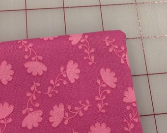 Riley Blake - FAT QUARTER cut of Lucy's Garden - Tonal in Fuchsia - Patty Young C8644