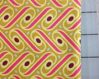 Joel Dewberry - Heirloom -FAT QUARTER - Ribbon Lattice in Gold- JD57 Fuchsia
