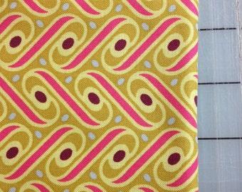 Joel Dewberry - Heirloom -FAT QUARTER - Ribbon Lattice in Gold- JD57 Fuchsia