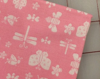 Riley Blake - FAT QUARTER cut of Play Outside - Bugs in Pink by Gracey Larson