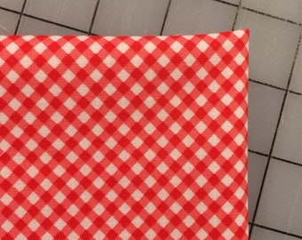 FAT QUARTER cut of Starlight Katia Hoffman for Windham Fabrics - Mini Gingham in Red