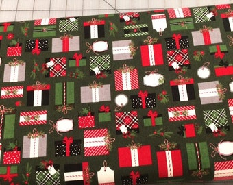 HALF YARD cut of Riley Blake - Christmas Delivery Presents in Green by Carta Bella