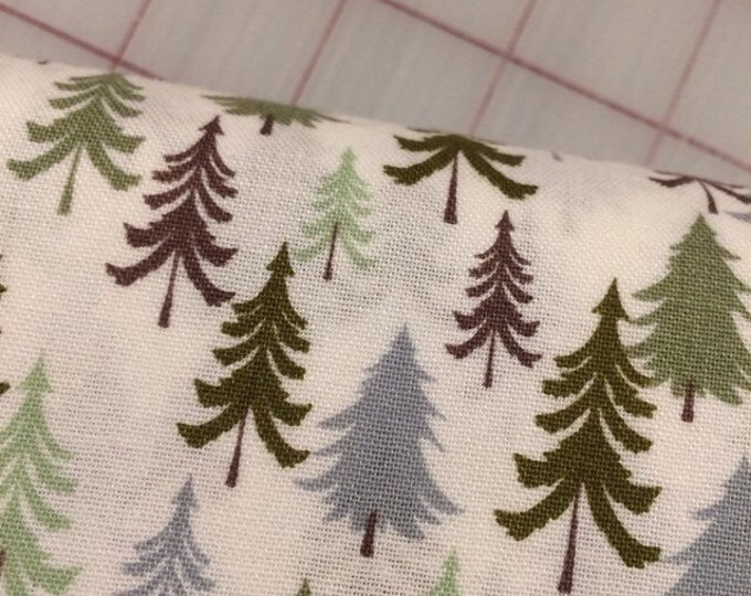 Half Yard cut of Bear Camp - Forest in White