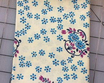 Denyse Schmidt - Shelburne Falls - FAT QUARTER cut of Sparse Floral - PWDS046 in Lilac -  100% cotton by Free Spirit